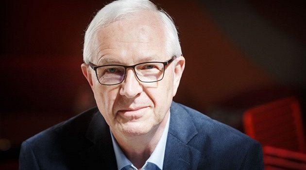 Kandidát na prezidenta Jiří Drahoš ukončuje sběr podpisů. Na kontě má již 110 tisíc podpisů.