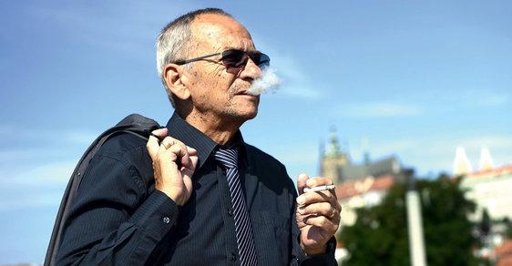 Místopředseda Senátu Jaroslav Kubera nebude kandidovat na prezidenta ČR. Nechce se účastnit negativní kampaně, navíc bez podpory vlastní rodiny.