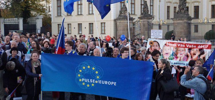 V Praze se konal protest proti politice prezidenta Zemana a předsedy ANO Babiše