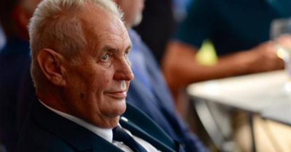 """V minulých volbách v Doubravě Miloš Zeman získal 86 procent hlasů. Podle místních je to """"kapacita"""". Letos mu ovšem na paty šlape Jiří Drahoš."""