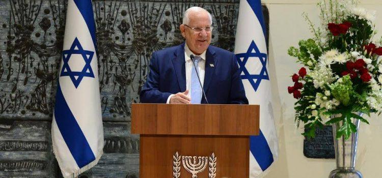 Izraelský prezident poděkoval Zemanovi za podporu a pozval jej na návštěvu