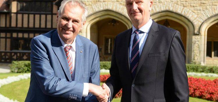 Miloš Zeman si užívá státní návštěvu Německa, setká se se všemi vrcholnými politiky