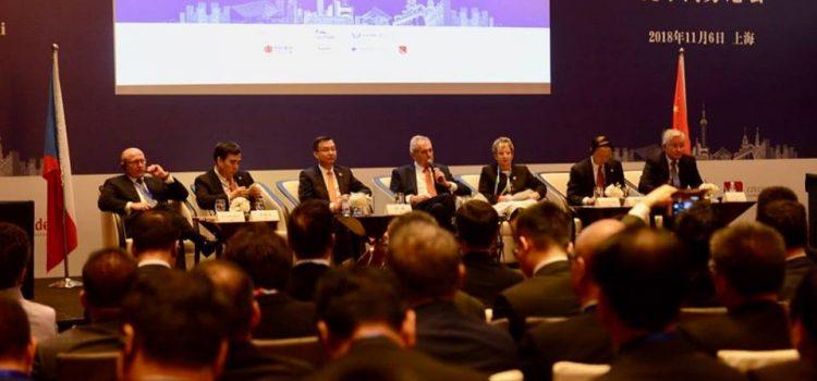 Prezident zahájil česko-čínské podnikatelské fórum a vrací se zpátky do Česka