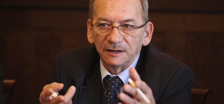 Novoroční projev letos přednese předseda Senátu Jaroslav Kubera