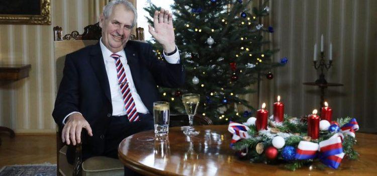 Sváteční program prezidenta republiky: četba, vánoční poselství a novoroční obědy