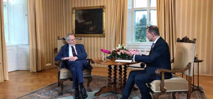 Zeman: Na demonstracích nejde o Benešovou, je to spíš kampaň před eurovolbami