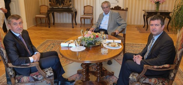 Babiš s Hamáčkem žádají prezidenta o další společnou schůzku kvůli ministrovi kultury
