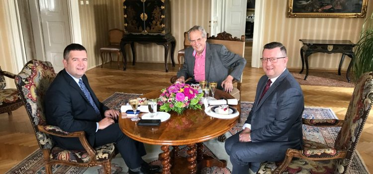 Hamáček a Staněk navštívili Zemana v Lánech, diskutovali o situaci na ministerstvu kultury