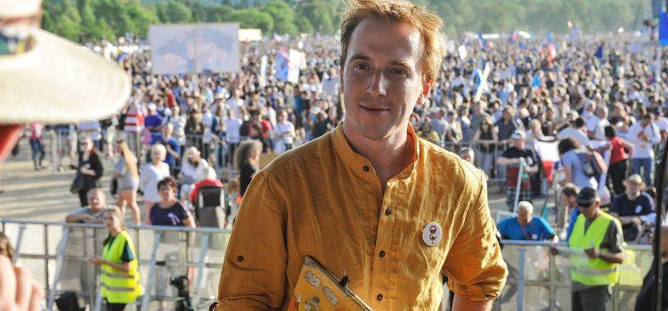 Milion chvilek pro demokracii plánuje na výročí srpnové okupace pochod na Pražský hrad