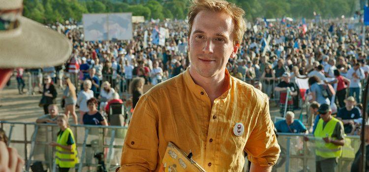 Kvůli neschválení žaloby na Zemana svolává Milion chvilek další demonstraci na Letnou